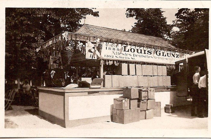 Louis Glunz & Son's Market Booth